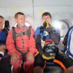 Мэр Новосибирска Анатолий Локоть прыгает с парашютом!
